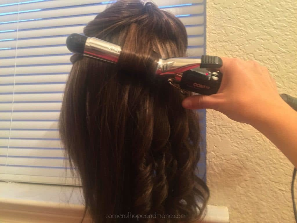 curl a synthetic wig